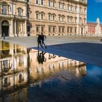 Riflessi sulla piazza 1 - Claudio Minghi - Modena (MO)