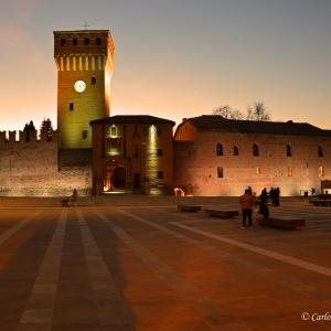 Castello di Formigine - Piazza Calcagnini foto di: Carlo Rondinone - Comune di Formigine