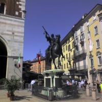 Statua equestre sul lato ovest della piazza - Manuel.frassinetti - Piacenza (PC)