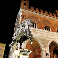 Piazza cavalli - Majesty400 - Piacenza (PC)