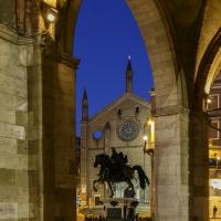 Piazza Cavalli 1b - Mario Carminati - Piacenza (PC)