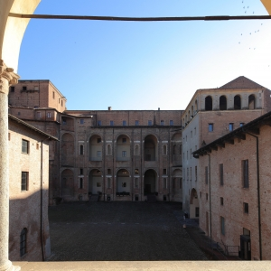 Rocca Viscontea (o Cittadella, resti) - Palazzo Farnese, cortile foto di: |Carlo Pagani| - Archivio fotografico del Comune di Piacenza