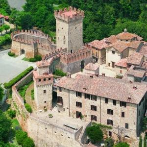 immagine da Torre e Mastio fortificato di Vigoleno