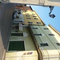 Accesso di Via Roma da Piazza IV Novembre - Busseto - IL MORUZ - Busseto (PR)