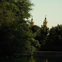 Torri della chiesa di s. francesco di paola viste dal parco ducale - Virgi24 - Parma (PR)