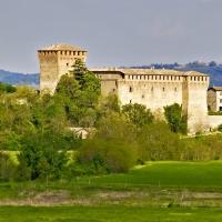 \'Il castello di Varano\' - Carlo grifone - Varano de' Melegari (PR)