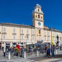 Parma-central-garibaldi-square - www.bestofcinqueterre.com - Parma (PR)