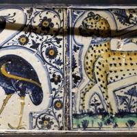 Bottega pesarese, pavimento maiolicato dal monastero di san paolo a parma, 1470-82 ca., struzzo con serpente e leopardo - Sailko - Parma (PR)