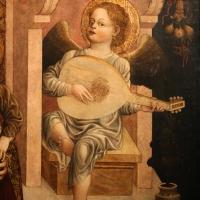 Jacopo loschi, madonna in trono col bambino, angeli e il padre e eterno, 1471, da s. agostino a parma 02 angelo musicante con liuto - Sailko - Parma (PR)