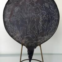 Etruria, specchio con incisioni mitologiche e manico configurato, III-II secolo ac. 03 - Sailko - Parma (PR)