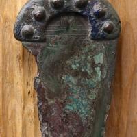 Età del bronzo, pugnale a manico fuso di tipo rodano con decorazione di tipo italico - Sailko - Parma (PR)