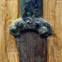 Età del bronzo, pugnale a manico fuso atipico - Sailko - Parma (PR)