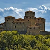 Le torri del Castello - Carlo grifone - Langhirano (PR)