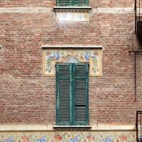 Salsomaggiore, ex-grand hotel, esterno 04 decorazioni di galileo chini 2 - Sailko - Salsomaggiore Terme (PR)