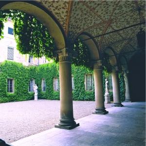 Rocca Meli Lupi di Soragna - Corte d'Onore foto di: |Todaro| - Archivio Rocca