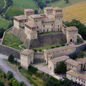 Castello di Torrechiara - Panoramica foto di: |sconosciuto| - Langhirano