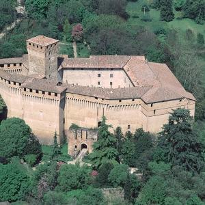 immagine da Castello di Montechiarugolo