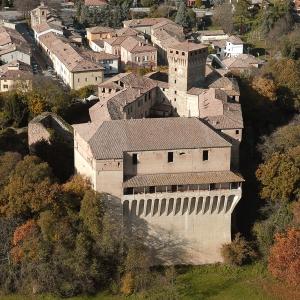 Castello di Montechiarugolo - Autunno al castello foto di: |Luca Trascinelli| - Luca Trascinelli