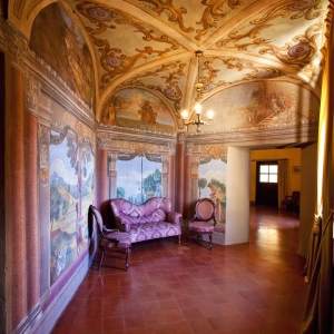 Castello di Scipione dei Marchesi Pallavicino - Castello di Scipione dei Marchesi Pallavicino - Salotto del Diavolo foto di: |Castello di Scipione| - Castello di Scipione
