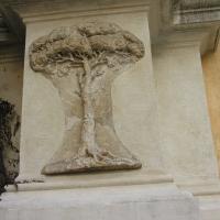 Porta adriana l'albero nella facciata - Montanarigiorgio - Ravenna (RA)