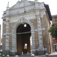 Porta serrata facciata principale - Montanarigiorgio - Ravenna (RA)
