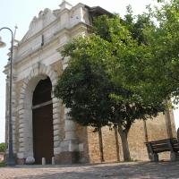 Porta serrata facciata - Montanarigiorgio - Ravenna (RA)
