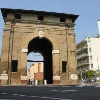 Porta serrata retro. - Montanarigiorgio - Ravenna (RA)