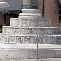 Ravenna, piazza del popolo, colonne di pietro lombardo, 1483, 02 - Sailko - Ravenna (RA)