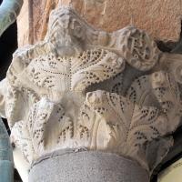 Ravenna, piazza del popolo, loggia nova, capitelli del tempo di teodorico 04 monogramma - Sailko - Ravenna (RA)