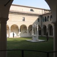 Chiostro adiacente tomba Dante - Lstorato - Ravenna (RA)
