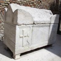 Ravenna, s. francesco, ext., sarcofago 01 - Sailko - Ravenna (RA)