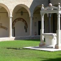 Via Dante Alighieri - Chiostro Dettaglio del lato Est - Bebetta25 - Ravenna (RA)