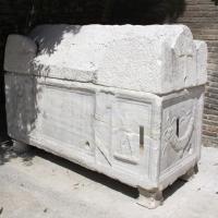 Ravenna, s. francesco, ext., sarcofago 02 - Sailko - Ravenna (RA)