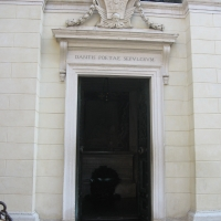 Ingresso tomba di Dante - Lstorato - Ravenna (RA)