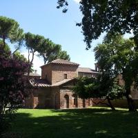 Mausoleo Galla Placidia - Esterno - Wikiangie14 - Ravenna (RA)