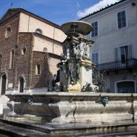 Fontana Monumentale e duomo di Faenza - Matt.giocoliere - Faenza (RA)