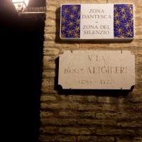 Via Dante Alighieri - Zona Dantesca - Zona del silenzio - Matt.giocoliere - Ravenna (RA)