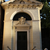 Tomba dante 5 - 0mente0 - Ravenna (RA)