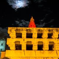 Monumento ai caduti Massa lombarda con luna piena e dietro la torre della chiesa - Massimo Pellicciardi - Massa Lombarda (RA)