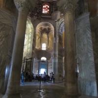 Interno della Basilica - Lorenza Tuccio - Ravenna (RA)