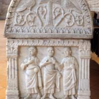 Sant'apollinare in classe, interno, sarcofagi ravennati del V secolo ca. 05 gesù tra gli apostoli 2 - Sailko - Ravenna (RA)