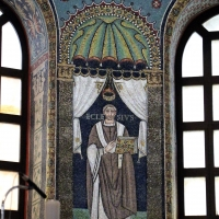 Sant'apollinare in classe, mosaici del catino, ecclesio, 550 ca. 01 - Sailko - Ravenna (RA)