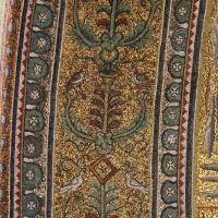 Sant'apollinare in classe, mosaici del catino, fasce decorative, VI secolo, 03 - Sailko - Ravenna (RA)