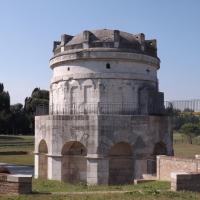 Mausoleo di Teodorico, esterno - Cristina Cumbo - Ravenna (RA)