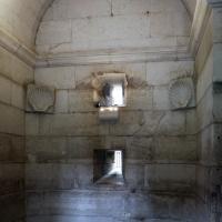 Mausoleo di teodorico, interno, camera inferiore, 01 - Sailko - Ravenna (RA)