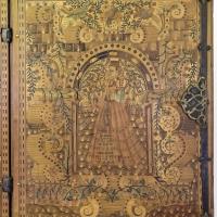 Augusta o tirolo, stipo da lavoro in legno di ciliegio con intarsi, 1550-1600 ca. 07 dama - Sailko - Ravenna (RA)