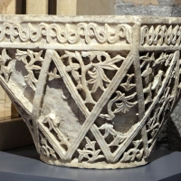 Area costantinopolitana, capitello imposta a paniere, VI secolo (ravenna, museo nazionale) 03 - Sailko - Ravenna (RA)