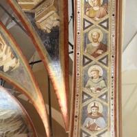 Pietro da rimini e bottega, affreschi dalla chiesa di s. chiara a ravenna, 1310-20 ca., intradosso con angeli e santi 02 - Sailko - Ravenna (RA)