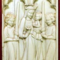 Arte francese (o copia da), placchetta con la vergine in gloria, 1350 ca - Sailko - Ravenna (RA)