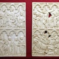 Francia settentrionale o germania occidentale, ante di dittico con adoraz. dei magi, annunciaz., visitaz., natività e crocifissione, 1370-1400 ca - Sailko - Ravenna (RA)